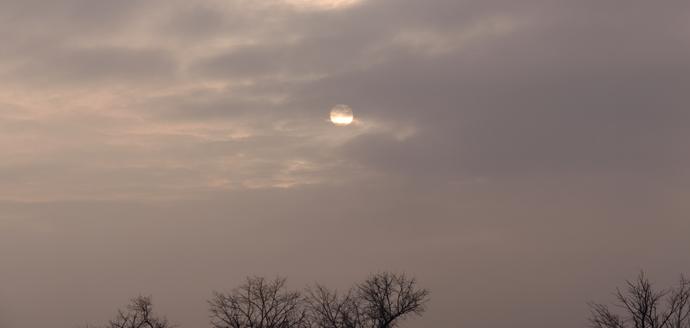 soare intre nori