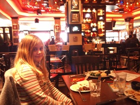 catalina la hard rock cafe bucuresti