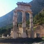 Templul Athena Pronania la Delphi