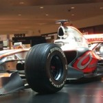 O masina de Formula 1 in Baneasa Shopping City